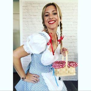 Wizard of Oz 🌈 Dorothy costume ensemble